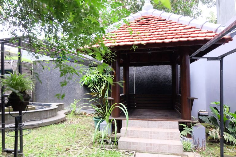 Simply Homy at Pogung (3BR near UGM), Yogyakarta