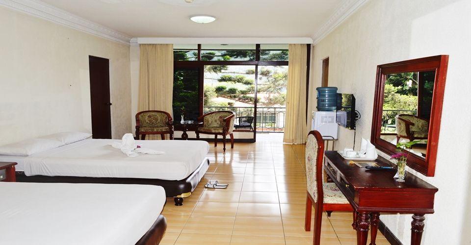 Hotel Bukit Indah Puncak, Bogor