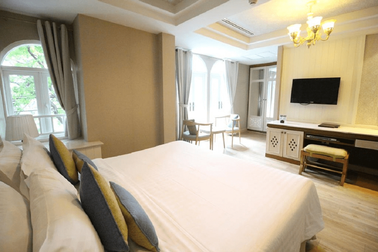 Salil Hotel Sukhumvit Soi 8, Khlong Toey