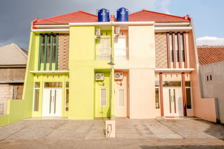 OYO 1165 Cakalang Residence Syariah, Malang
