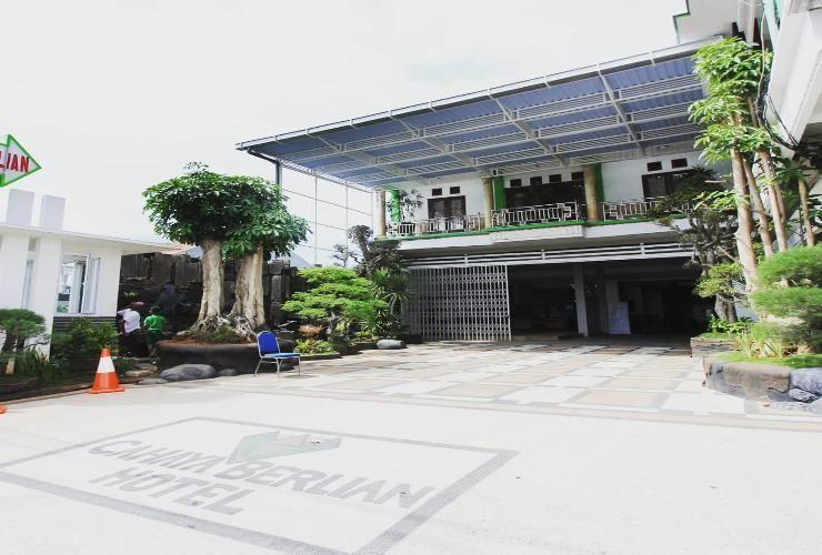 Cahaya Berlian Hotel, Madura Island