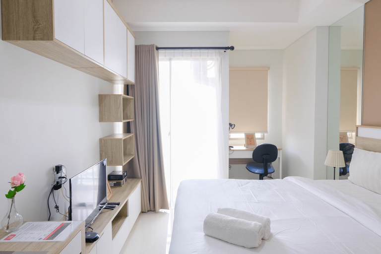 Cozy Studio Apartment @ Springwood Residence By Travelio, Tangerang