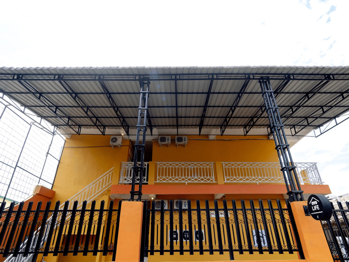 OYO Life 2158 Arista Residence Syariah, Medan