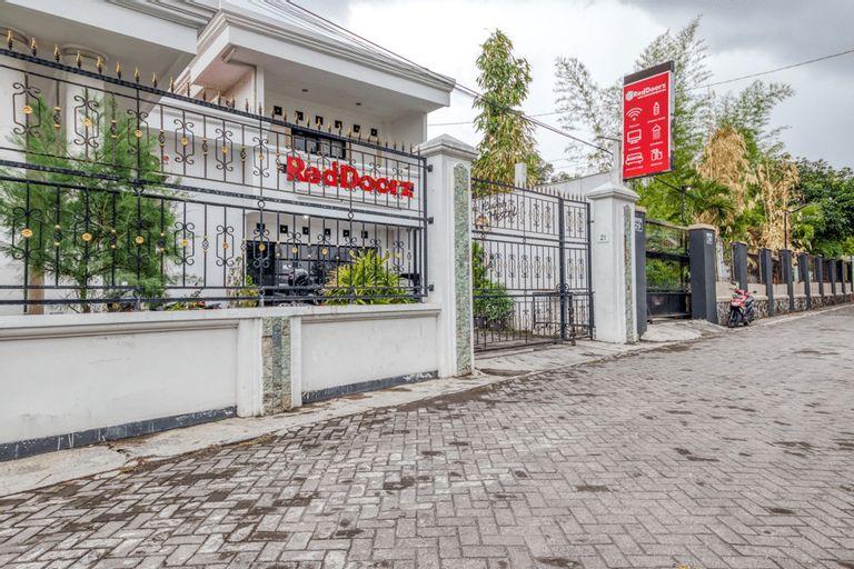 RedDoorz Hostel near Stadion Mandala Krida Yogya, Yogyakarta