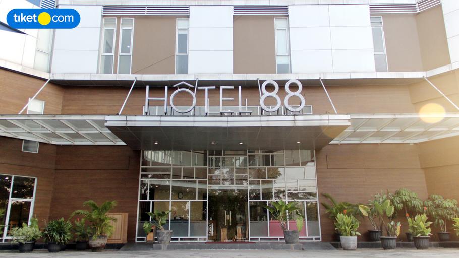 Hotel 88 Kedoya, West Jakarta