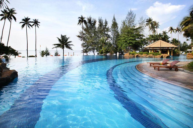 Nirwana Beach Club, Bintan Regency