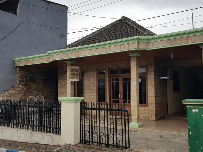 Homestay Pak Sisnori Adi, Malang