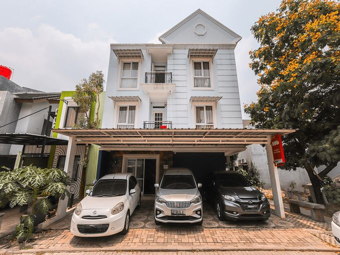 OYO 1551 Studento Guest House, Tangerang Selatan