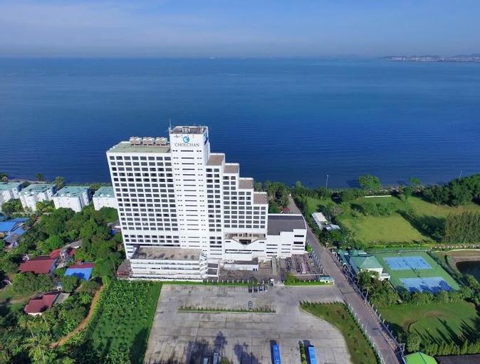 Cholchan Pattaya Beach Resort, Bang Lamung