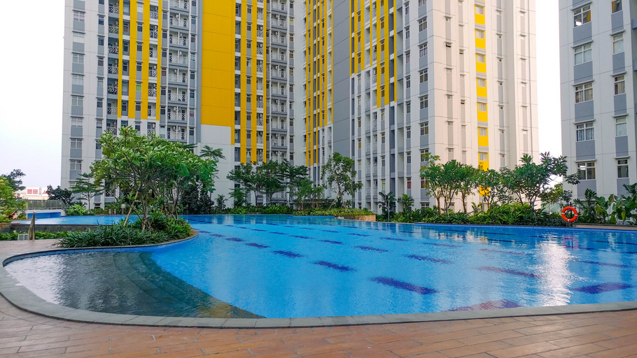 Modern Furnished Studio at Springlake Summarecon Bekasi Apartment By Travelio, Bekasi