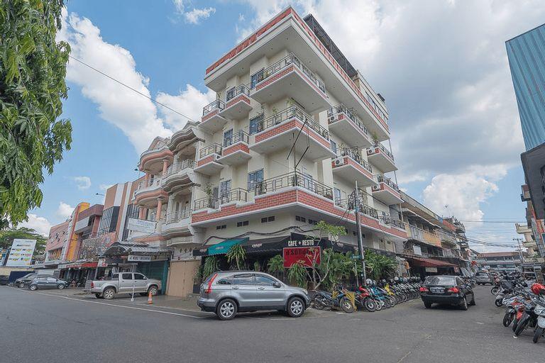 RedDoorz @ H. Agus Salim Street, Pontianak