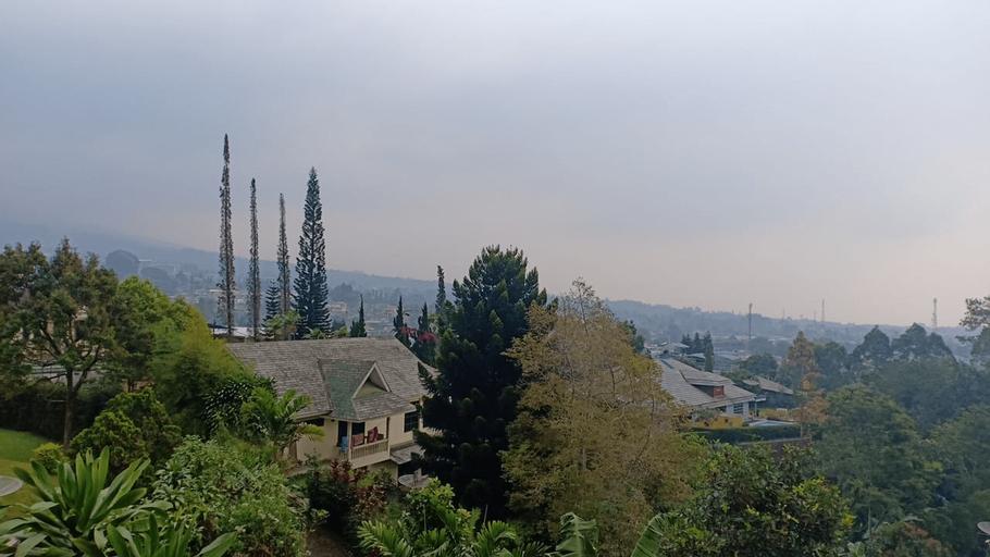 The London Living Cempaka 4 Villa, Bogor