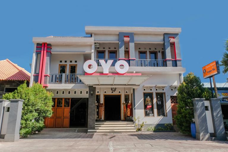 OYO 1306 Kraton Mas Family Residence, Pacitan