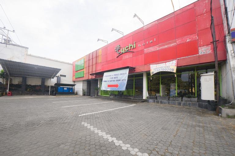 RedDoorz Plus @ Celaket, Malang