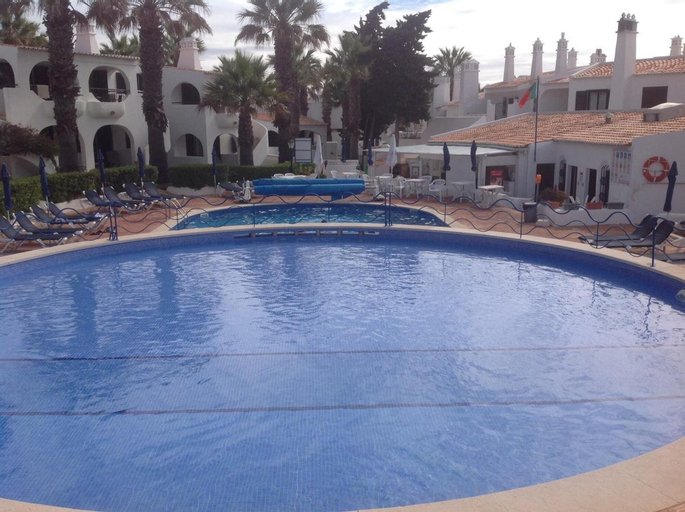 House With 2 Bedrooms in Carvoeiro, With Wonderful sea View, Shared Pool, Furnished Garden, Lagoa