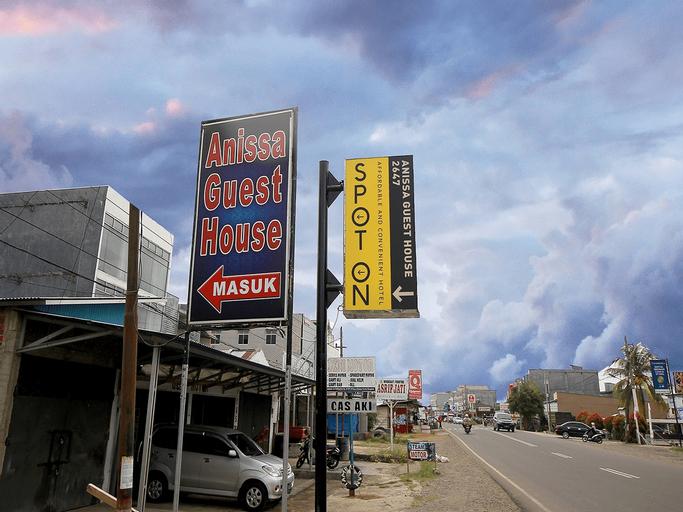 SPOT ON 2647 Anissa Guest House, Bengkulu