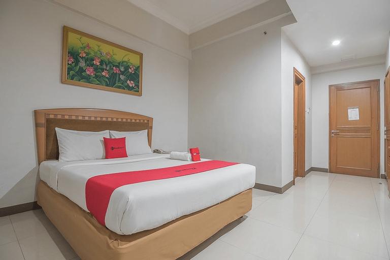 Hotel Yehezkiel Surapati, Bandung