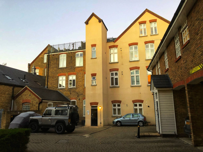Apartment in Central Historic Rochester, Medway