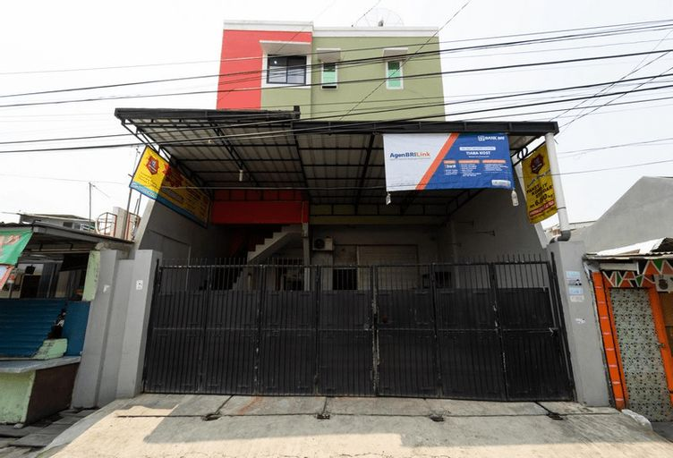 KoolKost Syariah near Velodrome Rawamangun (Minimum 3 Nights), Jakarta Timur