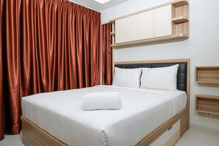 Modern Studio Room Puri Mansion Apartment By Travelio, Jakarta Barat