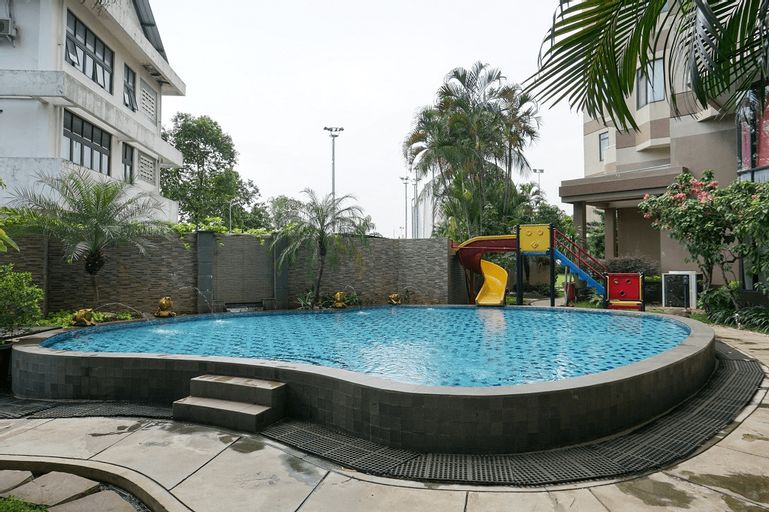 2BR with Pool View at Beverly Tower Apartment By Travelio (tutup permanen), Jakarta Selatan