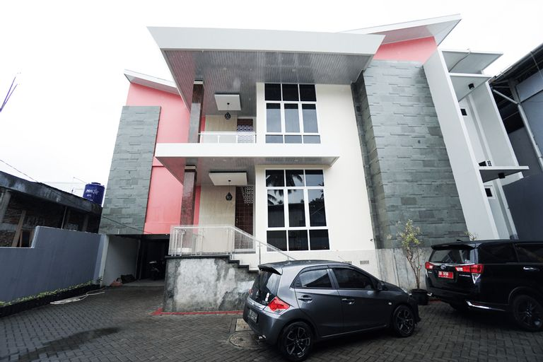 OYO 1290 Felizcha House, Manado