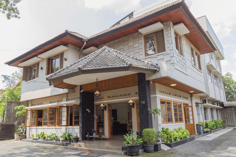 RedDoorz near Institut Teknologi Bandung 2, Bandung