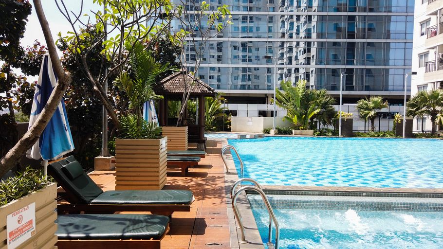 Simply Homey 2BR Signature Park Apartment By Travelio, Jakarta Selatan
