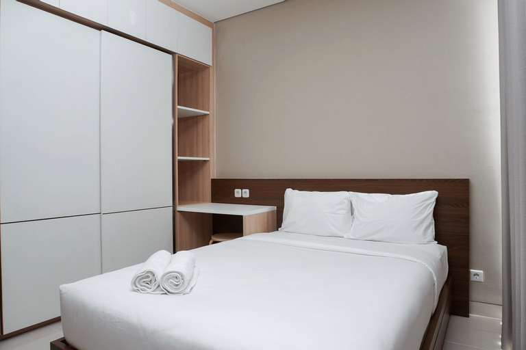 Strategic 1BR Apartment at Ciputra International By Travelio, West Jakarta
