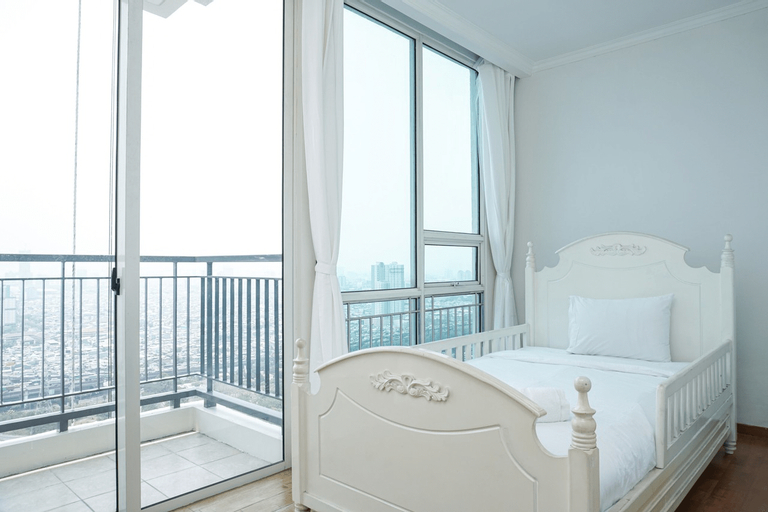 Big and Cozy 2BR Apartment at Ancol Mansion By Travelio, North Jakarta