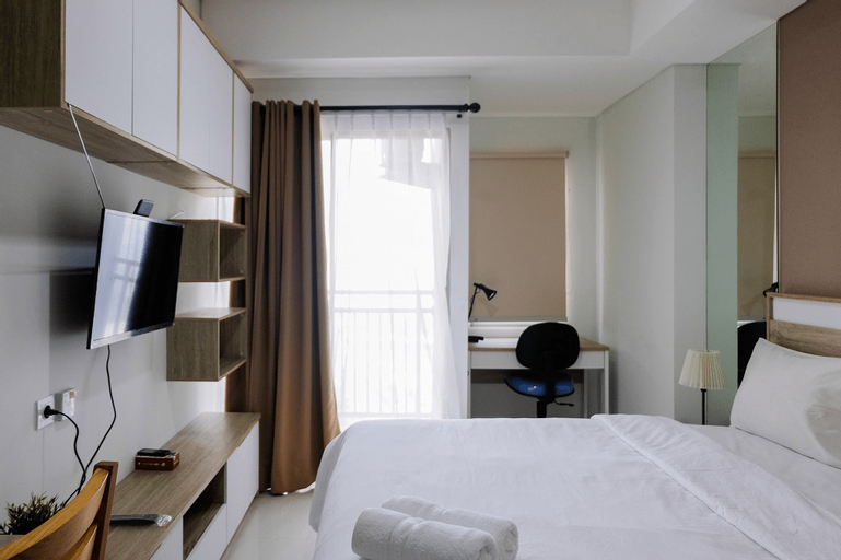 Simply Minimalist Studio Apartment at Springwood Residence By Travelio, Tangerang