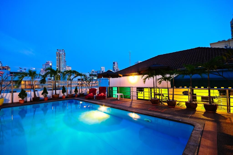 Admiral Suites Bangkok, Wattana