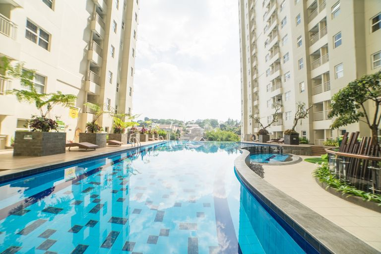 Cozy 2BR Apartment at Parahyangan Residence with Direct Access to Swimming Pool By Travelio, Bandung
