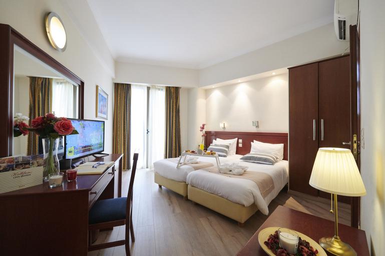 Golden City Hotel, Attica