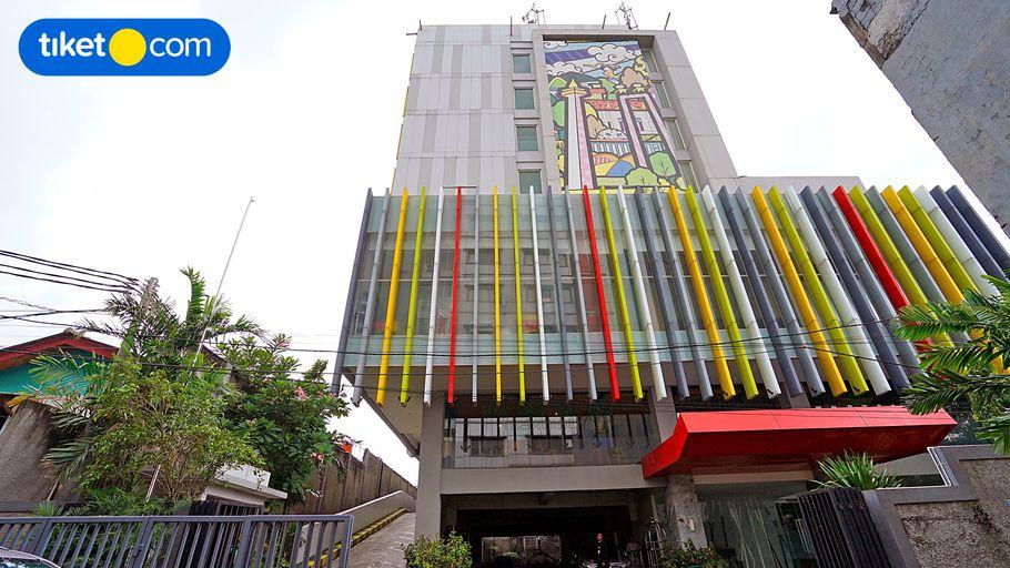 MaxOneHotels at Pemuda, East Jakarta