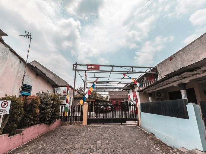 OYO 947 Angel Home Stay, Bekasi