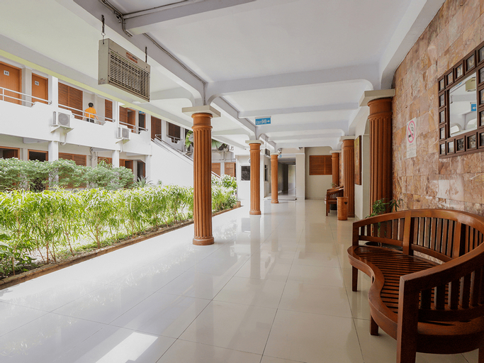 OYO 918 Hotel Senen Indah Syariah Near Rs Darmais, Central Jakarta
