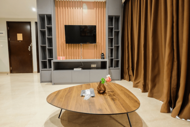 Comfortable and Modern 2BR Menteng Park Apartment By Travelio, Central Jakarta