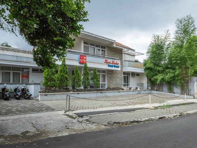 OYO 1873 Kyai Luhur Near RS Borromeus, Bandung