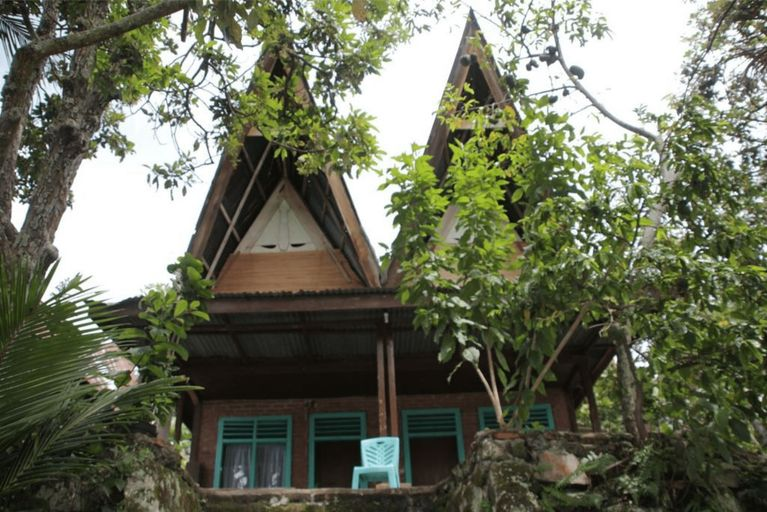 Laster Jony's Guest House, Samosir
