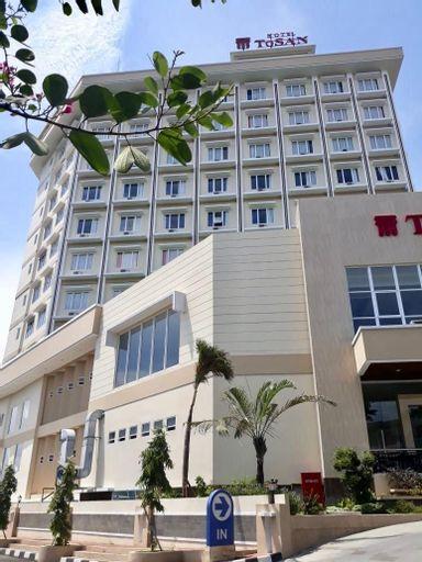 Hotel ToSAN Solo Baru, Solo