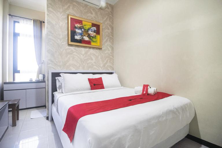 RedDoorz Syariah @ Hotel 91 Jember, Jember