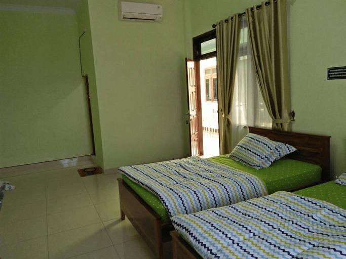 Krisna Hostel, Deli Serdang