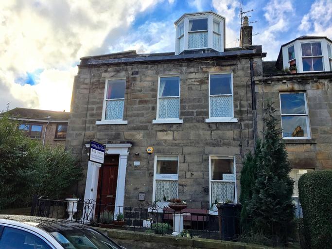 16 Pilrig Guest House, Edinburgh