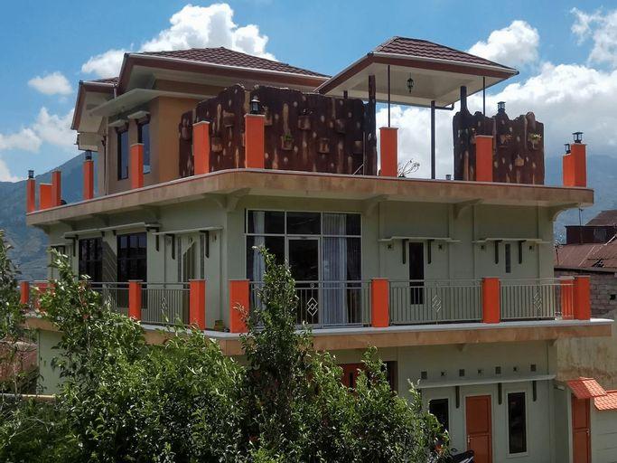 OYO 2769 Homestay Villa Diva Tambi, Wonosobo