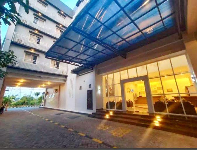 Votel Hotel Charis Tuban, Tuban