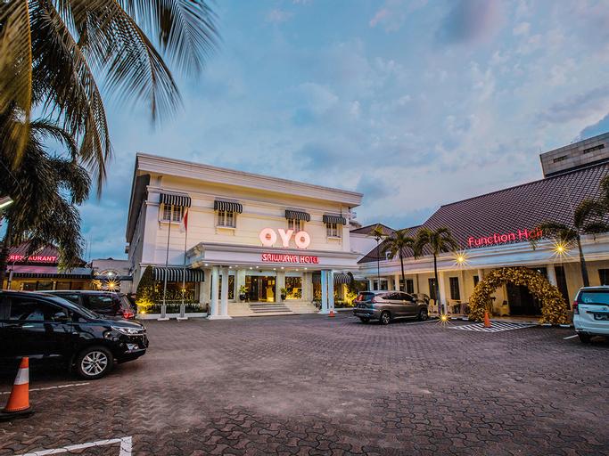 Capital O 534 Sriwijaya Hotel, Central Jakarta