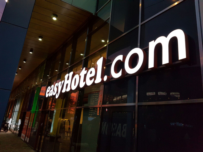 easyHotel Amsterdam Arena Boulevard, Amsterdam
