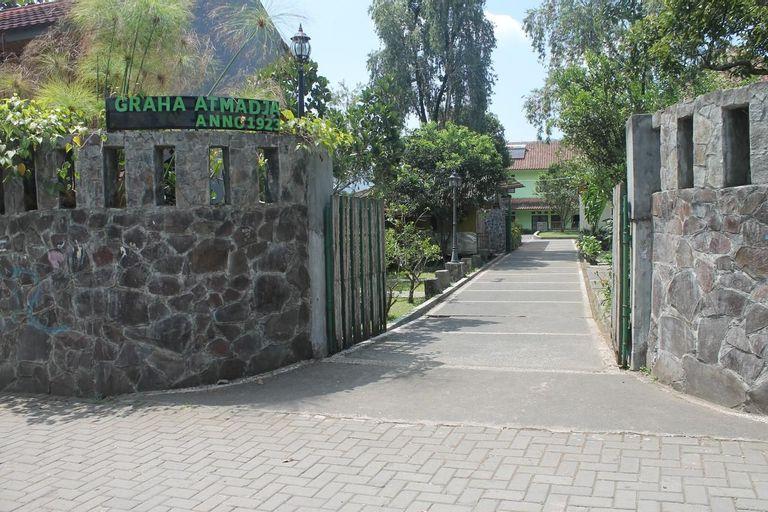 Graha Atmadja, Bandung