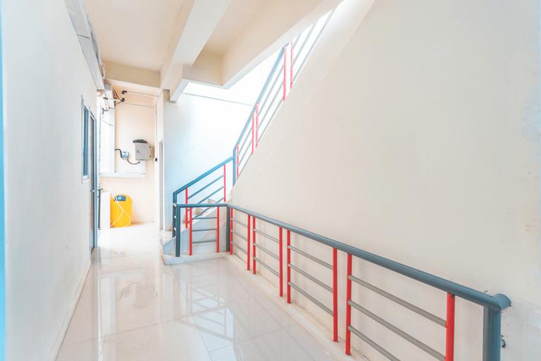 OYO 2230 Ava Guest House Near Rumah Sakit Umum Daerah Pademangan, North Jakarta